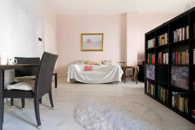 Airbnb lakás a Bem rakparton.